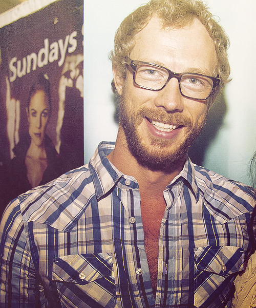 17/50 ♔ Images of Kris Holden-Ried