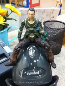 Loki sits like a whore on the scanner!