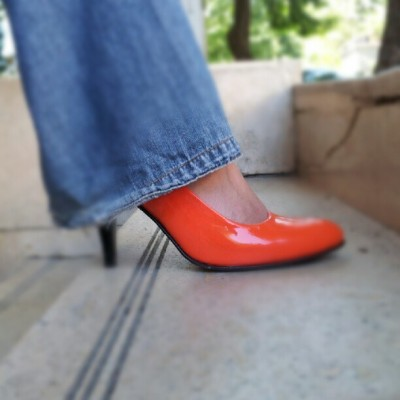 and the oscar goes to my shoes!! :) #gsss #acans #orange #shoes #fashion #like #instagram #summer  (Taken with Instagram at Güzel Sanatlar Saatchi & Saatchi)