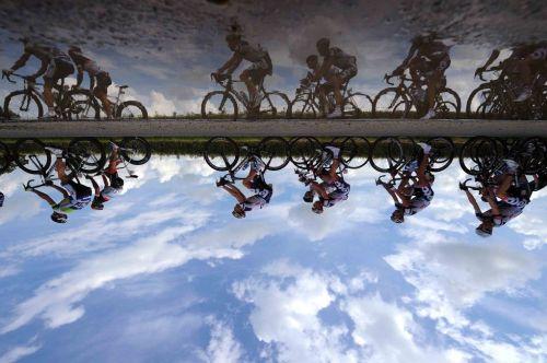 fuckyeahcycling:  Tour de France 2012 | Stage 5 (viaTOUR DE FRANCE 2012 - Cavs nederlag i store bilder)