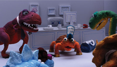 dinosauroffice:  Dinosaur Office: Team Building us now available in 3D in the Nintendo 3DS Video App. The dinos play icebreaker activities that threaten to tear them apart. Rawr!  Awww this was a fun one! If you've got a 3DS, go download it!