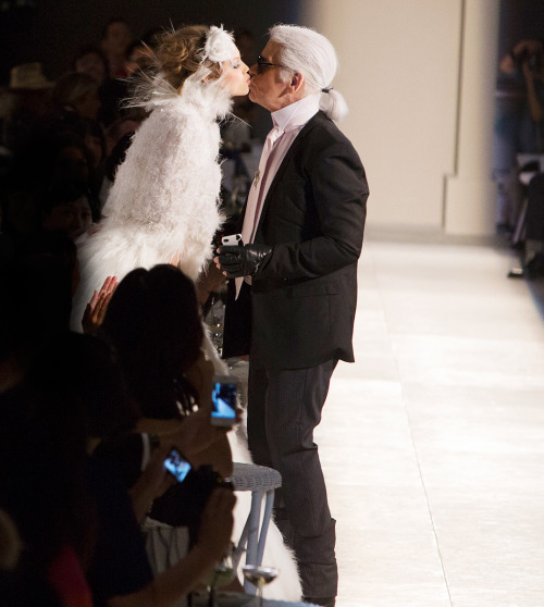 elitoslullaby:  chanel - Karl Lagerfeld