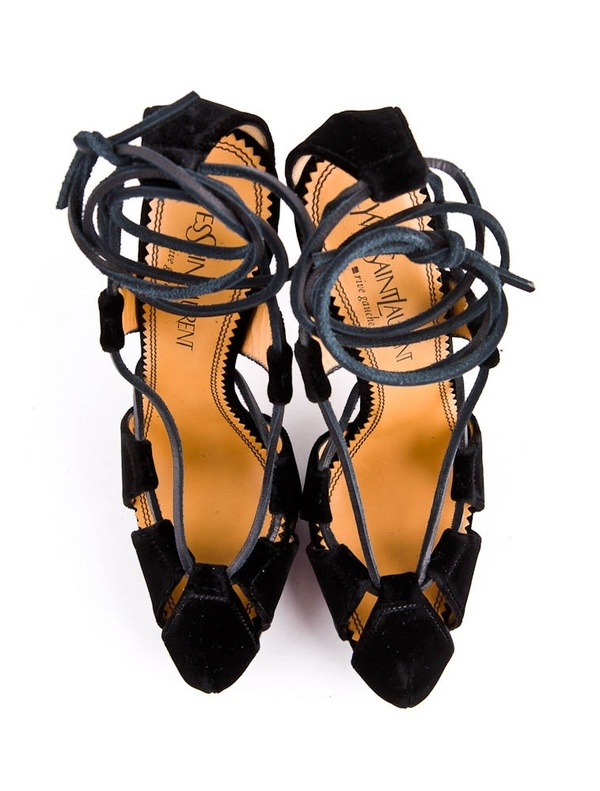 imakemine:  gah. Yves Saint Laurent Lace-Up Pump