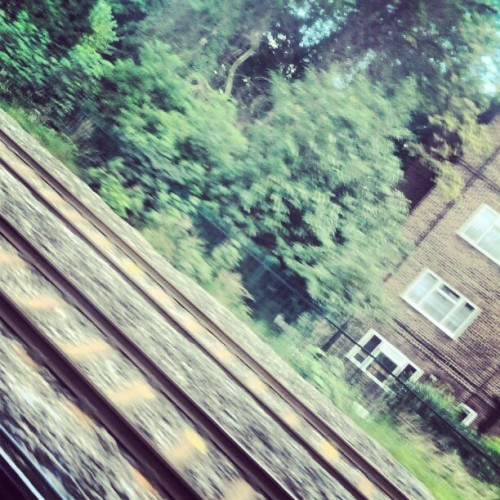 Fast travel #london #wembley #igdaily #instalondon #instadaily  (Taken with Instagram)