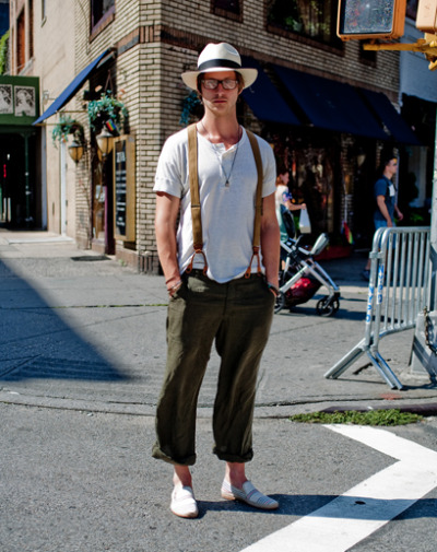 Loving his combination of suspenders and cuffed trousers…West Village, NY (via gqfashion)