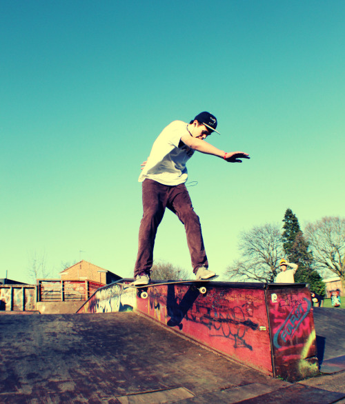 Harry (Ball)Baggs - Front Tail. Guildford skatepark RIP.