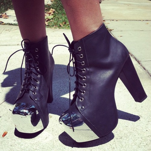 #streetstylethursday mirrored litas.  dang.