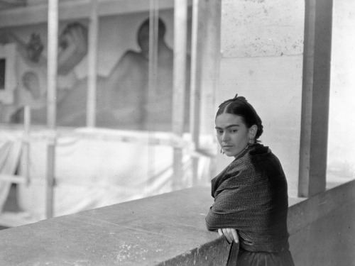 thinkmexican:  Our Frida Frida, today would have been your 105th birthday Few have left their mark on this world like you You are, in fact, considered Mexico's most recognized face But beyond the fame and recognition is something much more important Our culture and heritage You are a symbol of all that is Mexican, an ambassador of our people The rebozos, jade jewelry, huipiles, embroidered faldas The pain, courage, beauty It's you It's us Feliz Cumpleaños, Frida Image: Kahlo overlooking Rivera Court circa 1932-33  Credit: Detroit Institute of Arts