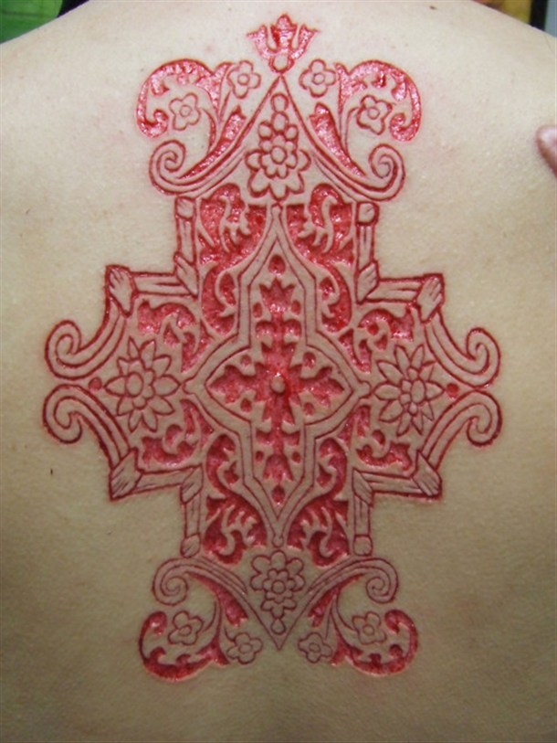 lonelyteacup:  sharoniaan:  Pretty scarification :3  Wantt