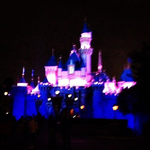 ✨🏰✨ #sleeping #beauty #castle #disneyland #sleepingbeautycastle #pretty #california  (Taken with Instagram at Sleeping Beauty Castle)