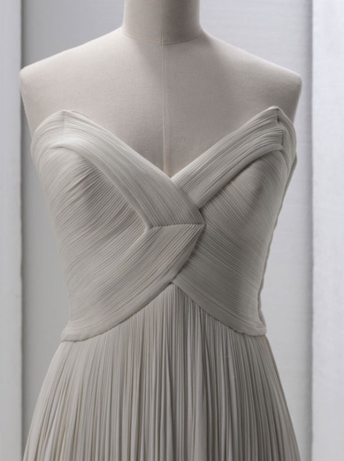 Grès, evening gown bodice detail, S/S 1964 photographed by Stéphane Piera
