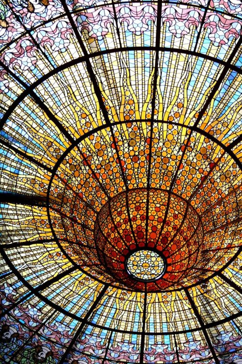 stars-collected:  I had to look this up- it's the Palau de la Musica Catalana in Barcelona. Damn, it's beautiful.