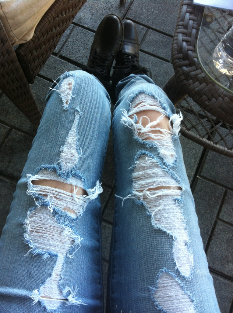 ewshit:  alaea:  just a little obsessed with ripped denim at the moment  q