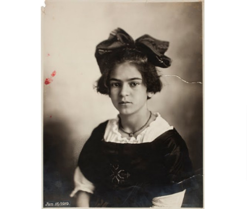 fuckyeahlatinamericanhistory:  Photograph of Frida Kahlo as a child, taken on June 15, 1919 by her father, the photographer Guillermo Kahlo, who was a native of Germany. Frida was born 105 years ago today, on July 6, 1907.