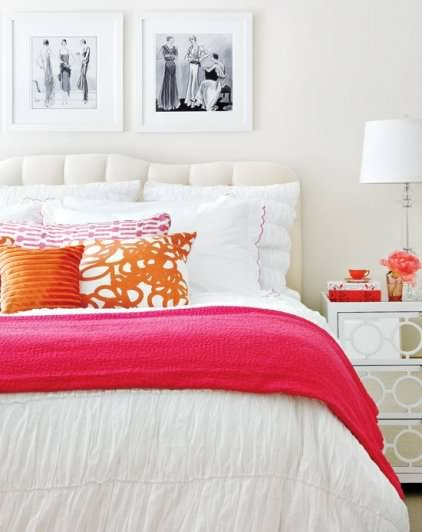 Absolutely adore this chic & girly bedroom. (via le zoe musings.)