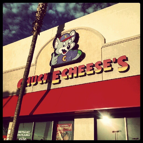 I haven't been to one of these in literally over a decade. #chuckecheese #flashback #ohman (Taken with Instagram)