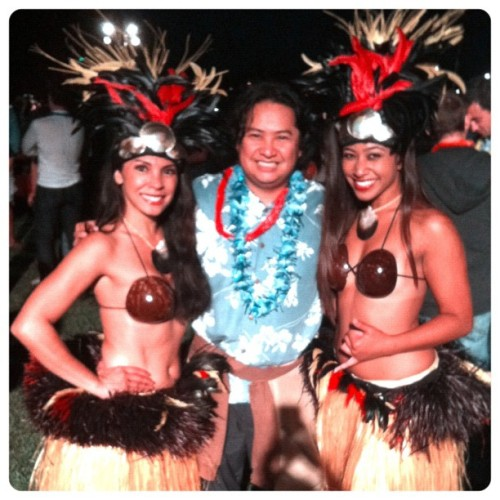 #ALOHA - #LocaleMagazine #LUAU Event!! :) #HulaGirls #OC #orangecounty  (Taken with Instagram at Newport Dunes)