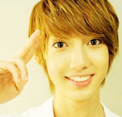 youngmin : charming sign