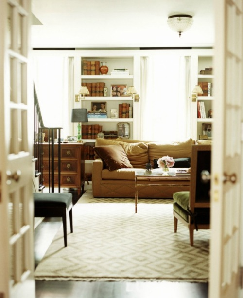 Design by Nate Berkus Associates, Photograph by Paul Costello + Mikki Duisterhof I'm featuring some work from Nate Berkus Associates tonight.  I love the warm tones that still read as subtle, and the layers and layers of interest in the decorating and styling.  Not to mention great floor-planning and layout.  Enjoy!