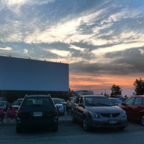 #drivein #beautifulnight #clouds #sunset   (Taken with Instagram)