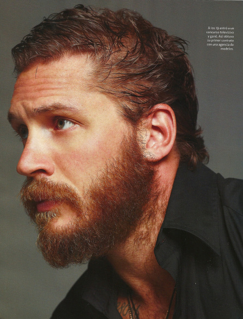 Tom Hardy in Deep Magazine - part 1. Scanned by the amazingly generous things-I-heart! And wow, gorgeous. :D