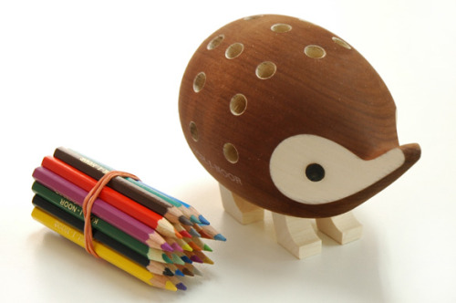 Hedgehog Pencil Holder via http://item.rakuten.co.jp