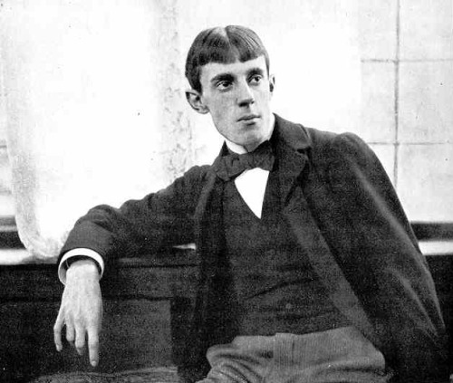 Aubrey Beardsley, 1896, photograph, Frederick Hollyer