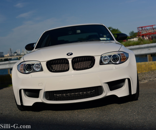 Seashell Starring: BMW 1-Series M-Coupe (By silli-g.com)