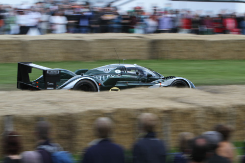 Express to france Starring: Bentley Speed 8 (by p_c_w)