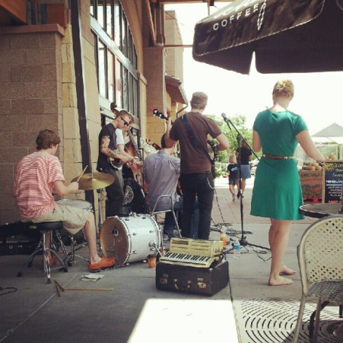 #freemusic #folk #wholefoods  (Taken with Instagram at Whole Foods Market)