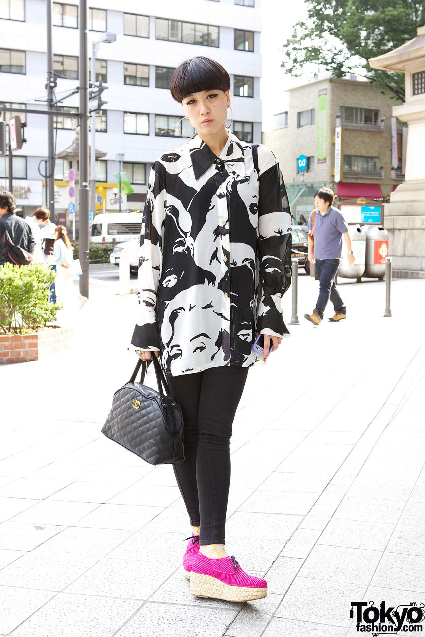 Ai from Sister Shibuya w/ a cool short hairstyle, Carven platform espadrilles & Egyptian-themed nail art on the street in Harajuku.