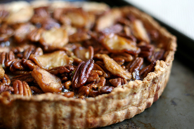 Apple-Pecan Tart by kristin :: thekitchensink on Flickr.