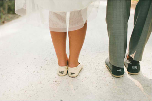 fuckyeahweddingideas:  Bride & groom shoes, the cutest!