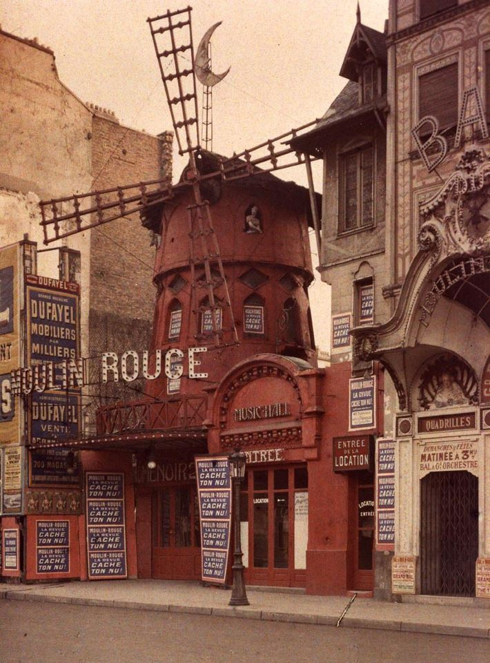 fleurs-maladives:  Moulin Rouge, Paris