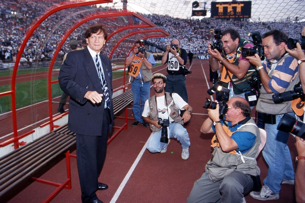 Raymond Goethals before the 1993 European Cup final. Olympiastadion, Munich.Source: Foot01