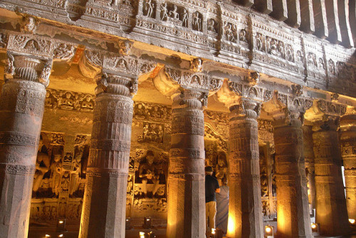 (via The Ajanta Caves – Ancient Temples Carved from Rock ~ Kuriositas)