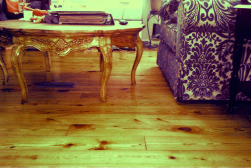 Tried to stain this coffee table what said bombay mahogany and it keeps turning out light chest nut I think I just need to paint it but I have no idea what color?
