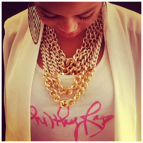 #philthyragz #5chaaaaaiiiinnnnzzzzz #gold #necklace $38 (Taken with Instagram)