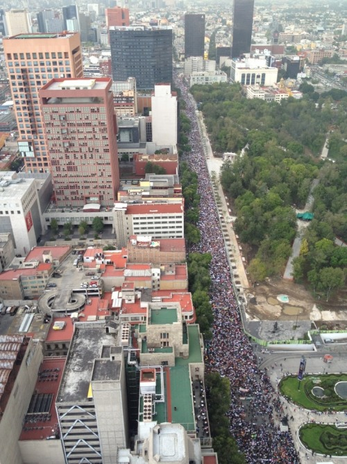 marnegro:  This is how looks right now the mega march in Mexico City against Enrique Peña Nieto, the alleged new president of Mexico.