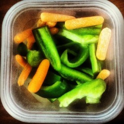 #raw #snack #vegan #skinnyfood (Taken with Instagram)