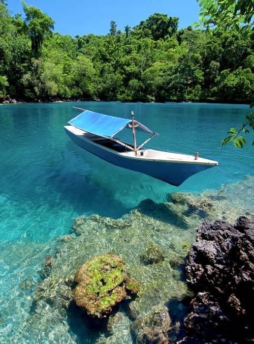 fashionsmashion:  travelingcolors:Sulamadaha, Ternate | Indonesia (by abdul azis) Seriously…looking at this is painful.  That's how badly I need a vacation!  Come sail away with me!!!