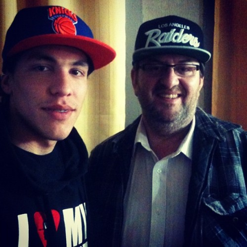 WITH MY DAD, HERE WE GO! ❤ #swag #swagg #fitted #love #snapback #newera #mitchell #iphone #iphonic #iphonesia #iphoneonly #chile #santiagodechile  (Tomada con Instagram)