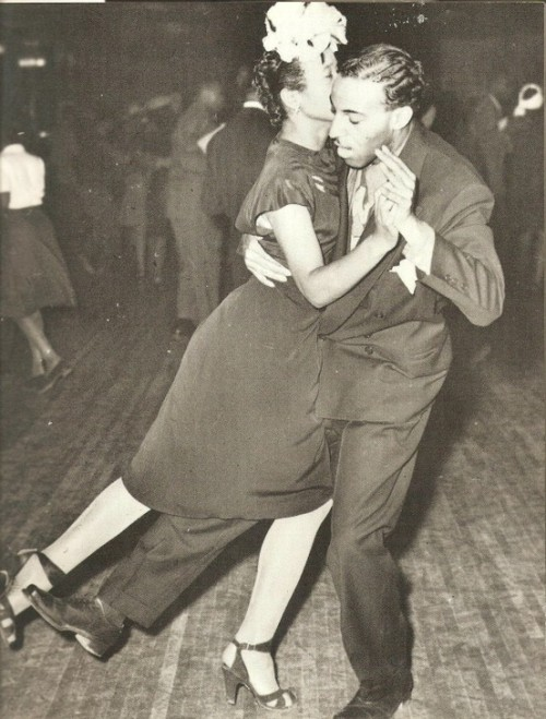 valscrapbook:  maudelynn: Swing dancing at the Savoy