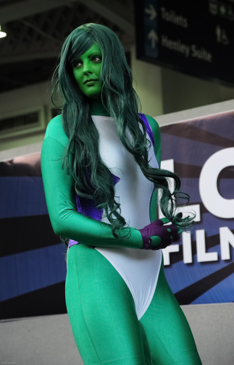 Kate as She-Hulk, LFCC 2012 (by Brian Krijgsman)