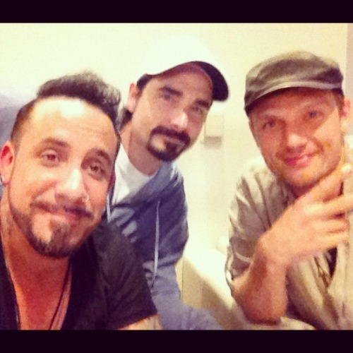 @kevinrichardson: And so it begins… pic.twitter.com/41WYmgeu