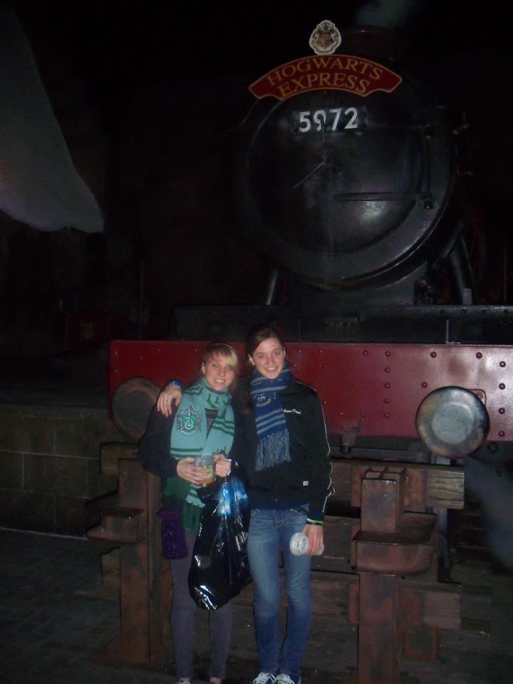 My sis and I at WWoHP. (after waiting 3 hours or so in a line just to get inside WWoHP because it was the first time my little sis has visited. I still love Marvel Super Hero Island bc it was my favorite part as a kid.)
