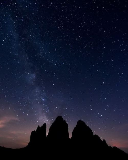 mellifluousbeauty:  Tre Cime by night