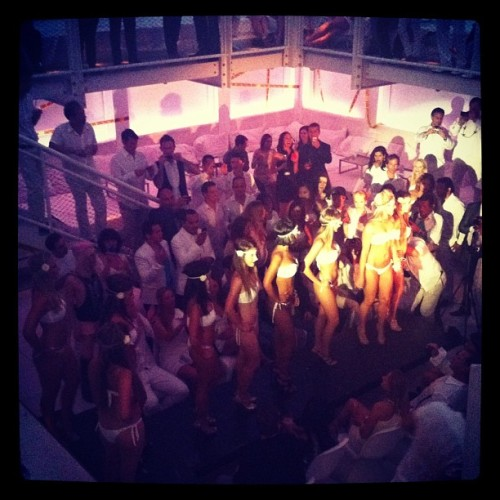 Brasilia! #white party  (Taken with Instagram at Supperclub)