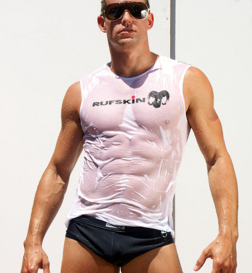 fuckyeahmuscles:  Matt Woods