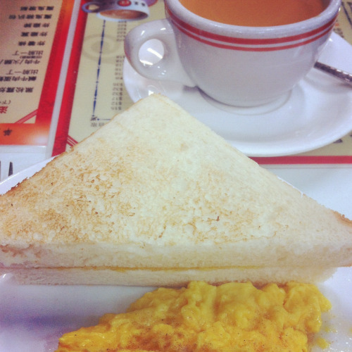 Hongkong food: breakfast in hongkong style; toast, omelet and milk tea
